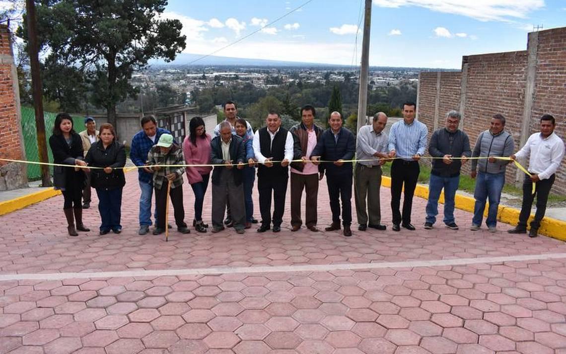 Inaugura alcalde de Apetatitlán, pavimentaciones en Belén - El Sol de Tlaxcala